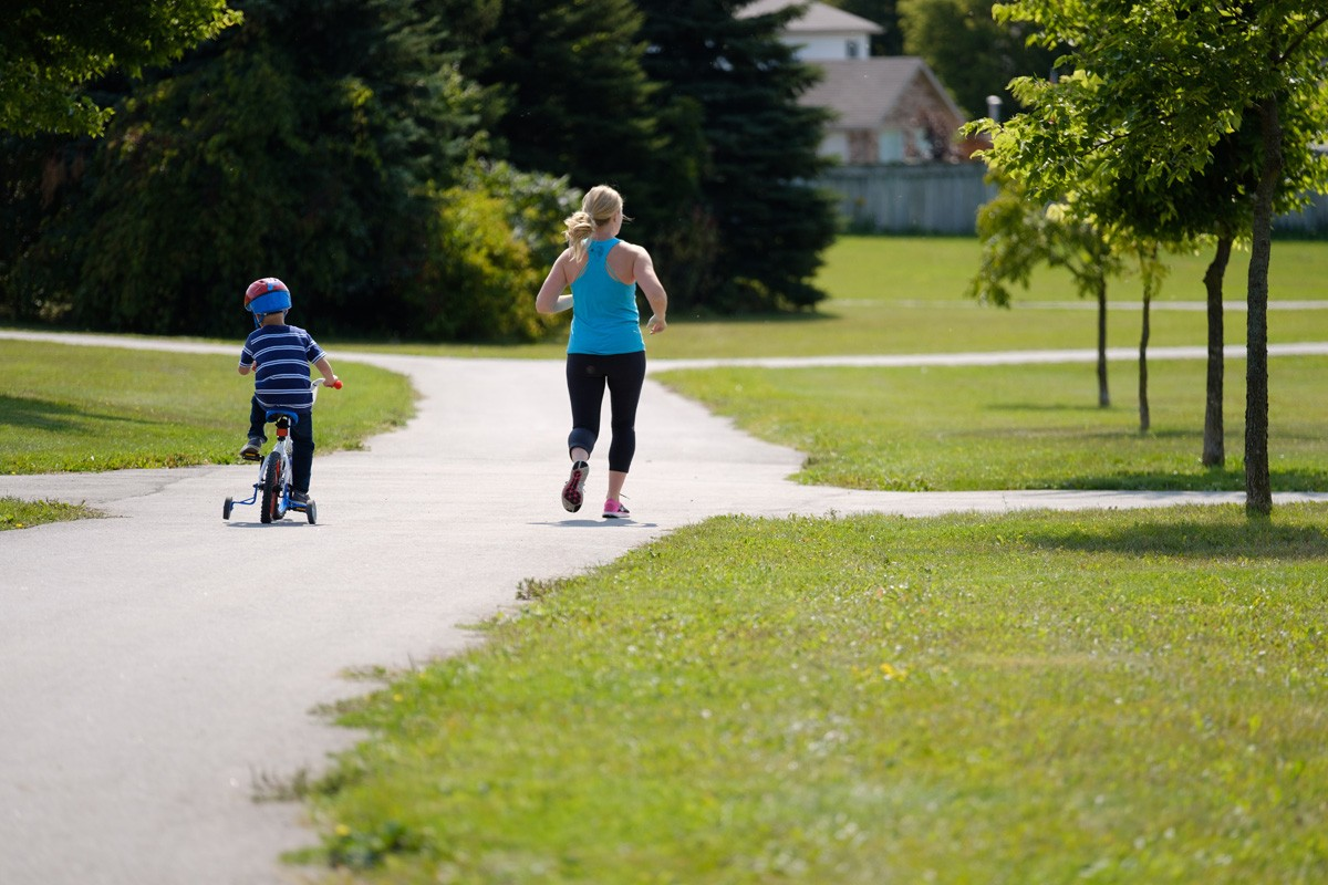 """How to """"Work Out"""" With Your Kids at Every Stage of Life"""