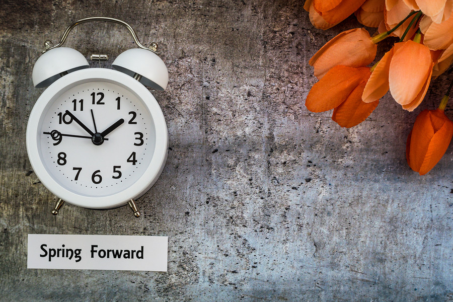 The Easiest Way to Master the Time Change With Kids